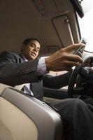 Hva er farene ved Texting Mens Driving?