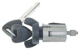 Hvordan erstatte en tenningsnøkkel på en 1993 Chevy S-10