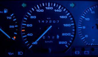 Hvordan endre Lyspærer i Dash av en 1995 Buick Skylark
