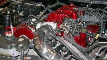Slik installerer en 1988 Ford Ranger Clutch slavesylinder