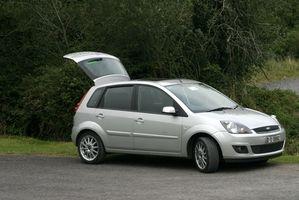 Hvordan sjekke for P-koder på en 2005 Ford Explorer