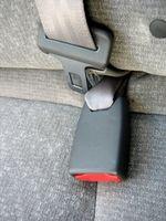 Hvordan du bytter Seatbelt i Tacoma