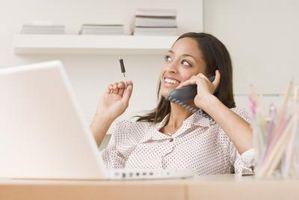 Slik konfigurerer en Cisco UC500 Call Manager