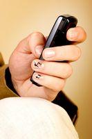Hvordan bruke låsekode på en Sanyo 8200 Cell Phone