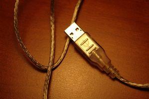 Hvordan koble en USB til en Disney-kamera
