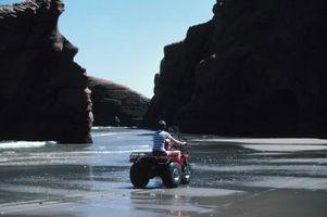 Hvordan legge en ATV på en Tilt Trailer