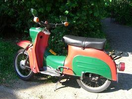 Hvordan lage en Moped lyddemper Loud