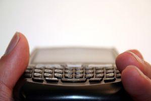 Hvordan kan jeg nedgradere OS programvare for en Blackberry 8330 Curve?