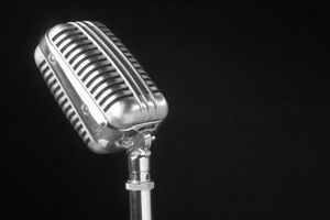 Hva gjør Mic Blanding Mean på en Stereo?