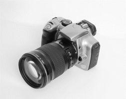 Hvordan koble et kamera til en LCD-projektor