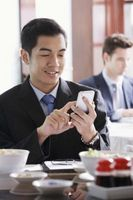 Hvordan velge den mobile enheten