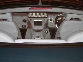 Hvordan Clean Car Interiors Naturligvis