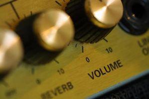 Hvordan Sett en Pre-Amp Into en Amp for Home Audio