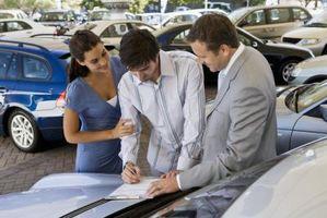 Hvordan du skal gå gjennom Toyota Finansiering med dårlig kreditt