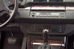 Hvordan bruke 4WD i en Trailblazer