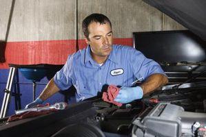 Hvordan endre en 2000 Dodge Neon drivstoffilter