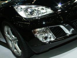 Hvordan endre frontlys på en 2005 Nissan Maxima