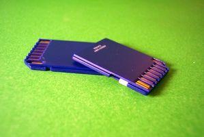 Hvordan bruke et microSD-kort med en Sansa C240