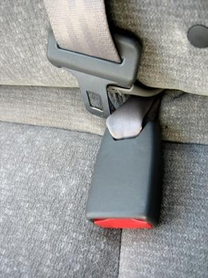 Slik fjerner en baksetet i en Buick Roadmaster