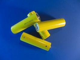 Hvordan vite når å bli kvitt oppladbare batterier