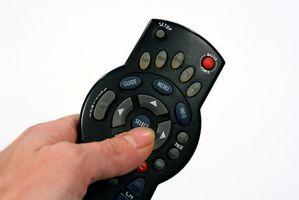 Hvordan å programmere en Scientific Atlanta Remote for en Sharp TV