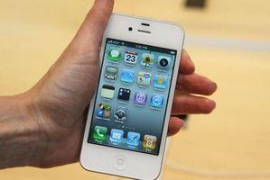 Hvordan hente talepostmeldinger på en iPhone